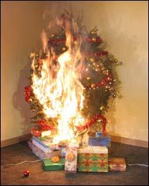 0bff980ac21 Los árboles de navidad artificiales son una buena elección para decoración.  Generalmente son considerados seguros por varias razones a tener en cuenta